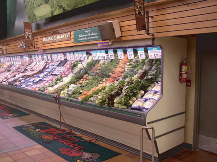 Produce grocery display warm white lighting